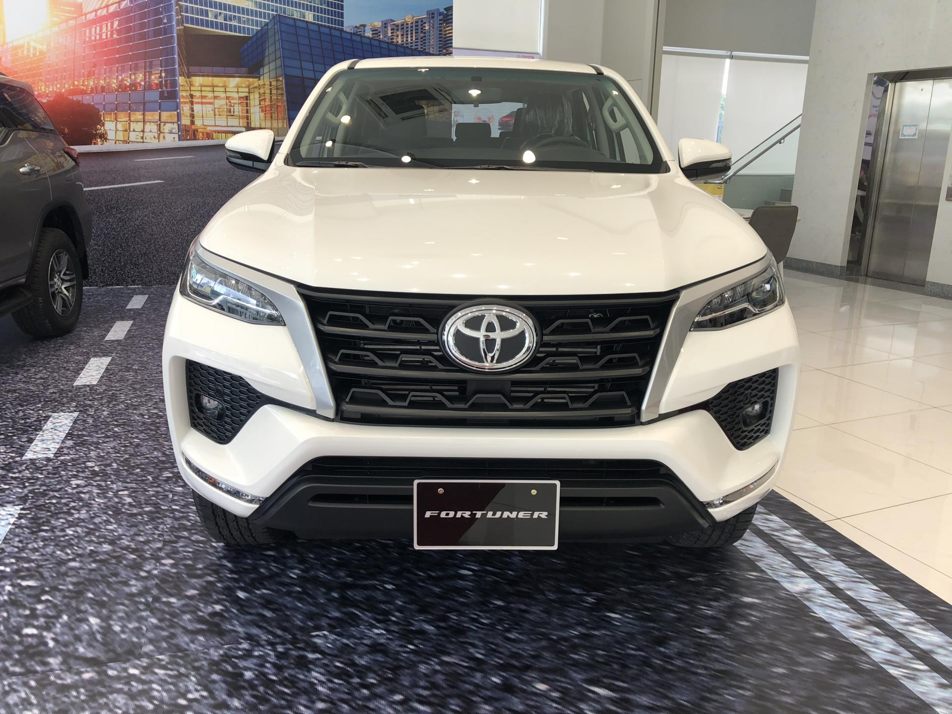 Truong Toyota 0901923399